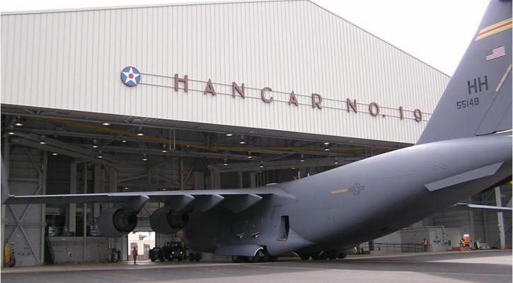 C-17 Fuel Cell Nose Dock Hangar