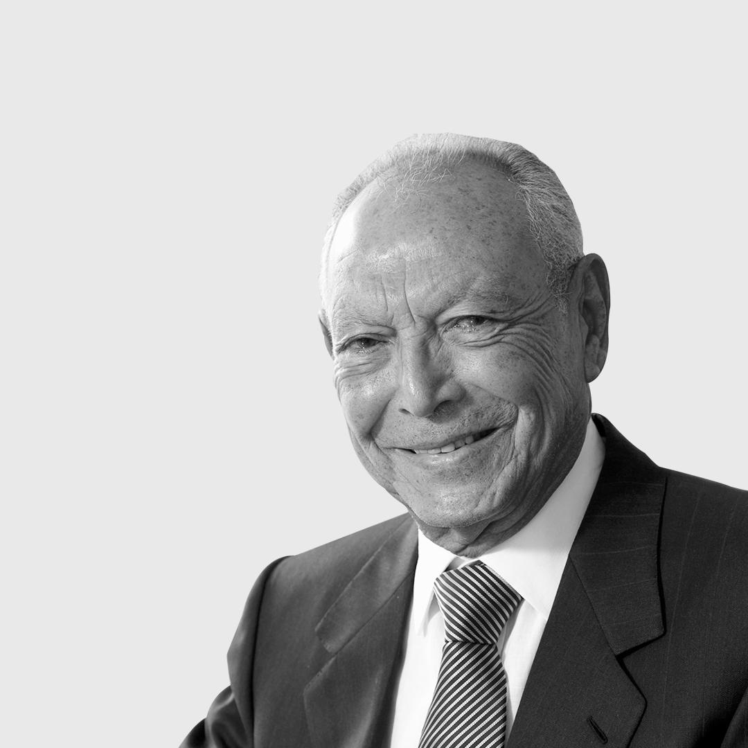 Onsi Sawiris                                                                                                    1930 - 2021